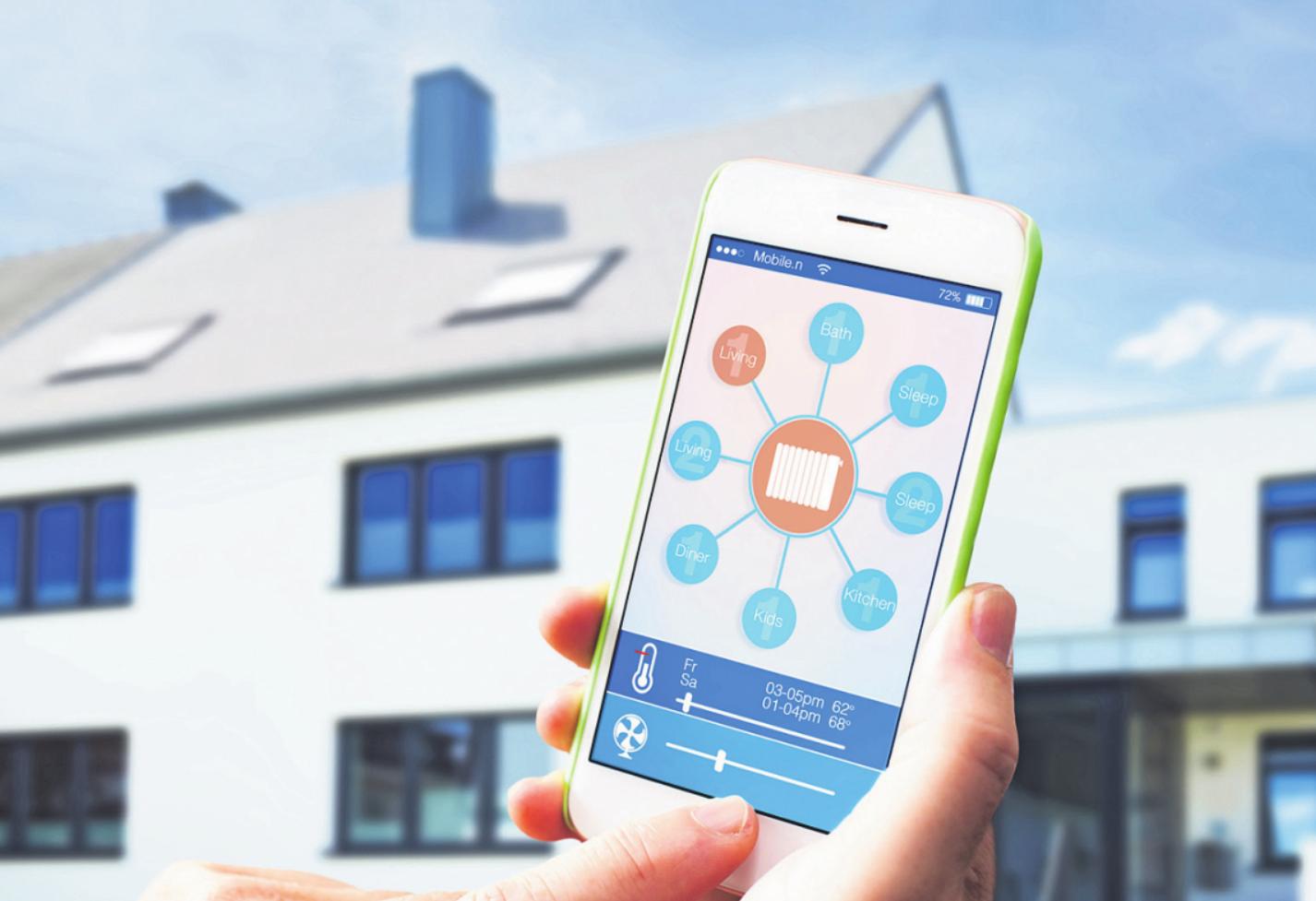 Per Smartphone lässt sich die Raumtemperatur innerhalb des Hauses regulieren. Foto: AA+W – stock.adobe.com