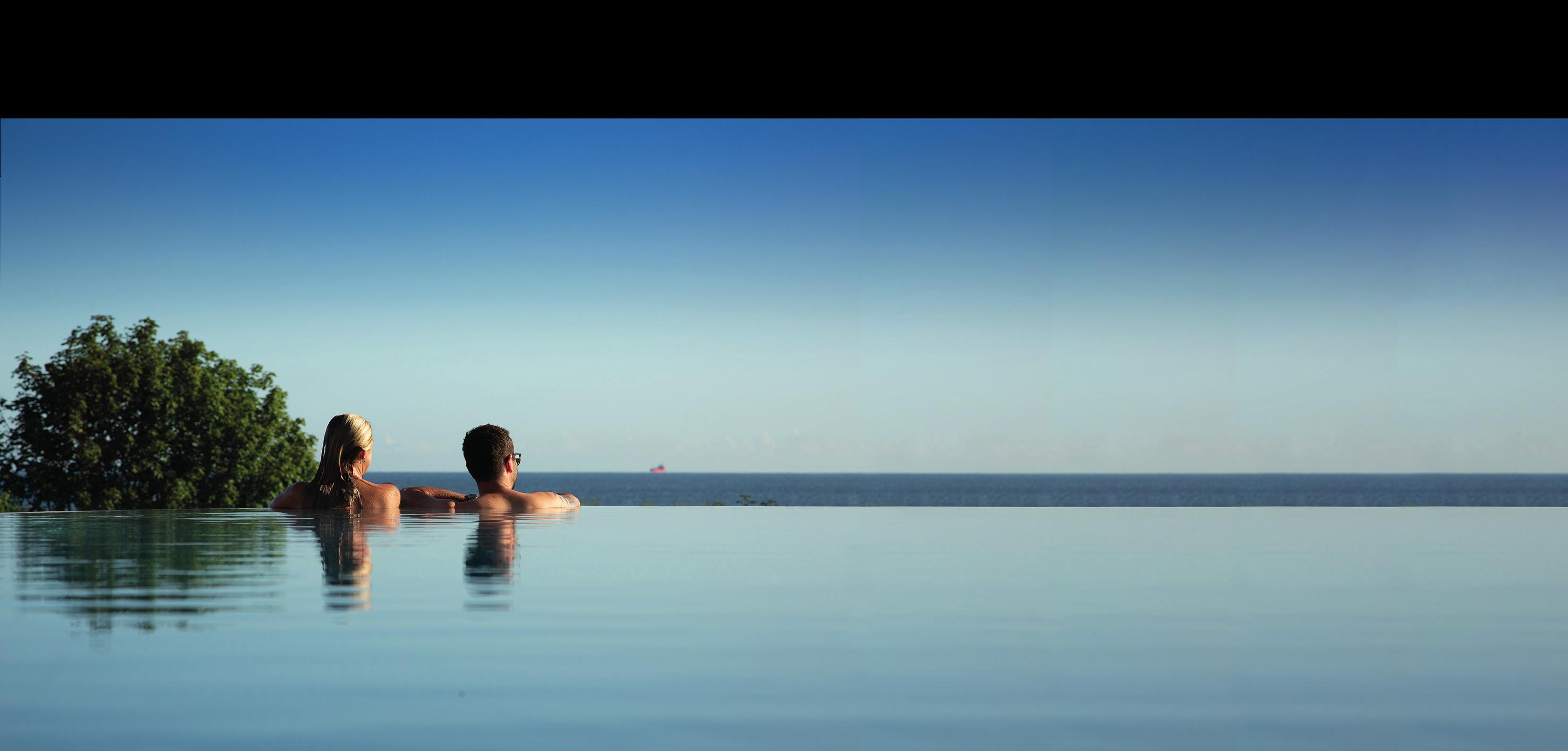 Der Infinity-Pool mit Blick auf die Ostsee. Foto: DAS AHLBECK