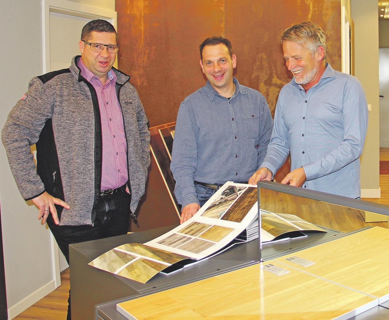 Die Geschäftsführer Frank Bartnitzke, Tobias Stamml und Arno Binder (v.l.) sind alle Raumausstattermeister. Foto: kili