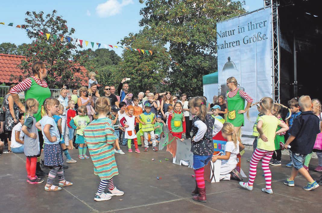 Auf dem Festplatz am Lindenkrug erwartet die Besucher am 7. September ein Programm mit vielen Auftritten.