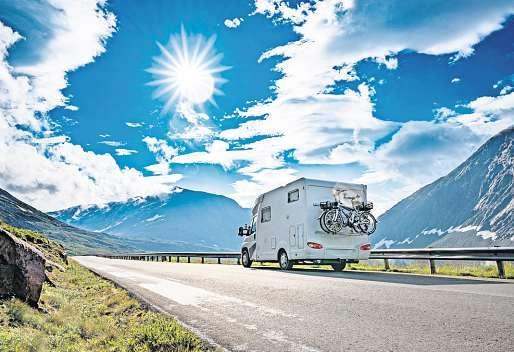 Die große Freiheit mit dem Wohnmobil. Foto: Andrey Armyagov - stock.adobe.com