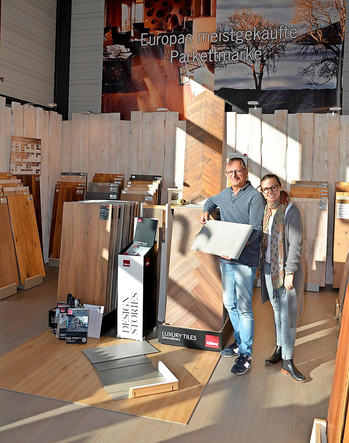 Ebenso natürlich Parkett und Vinyl für den Innenausbau. In Tochter Laura Müller hat Hans-Georg Salzmann inzwischen familiäre Unterstützung. KK