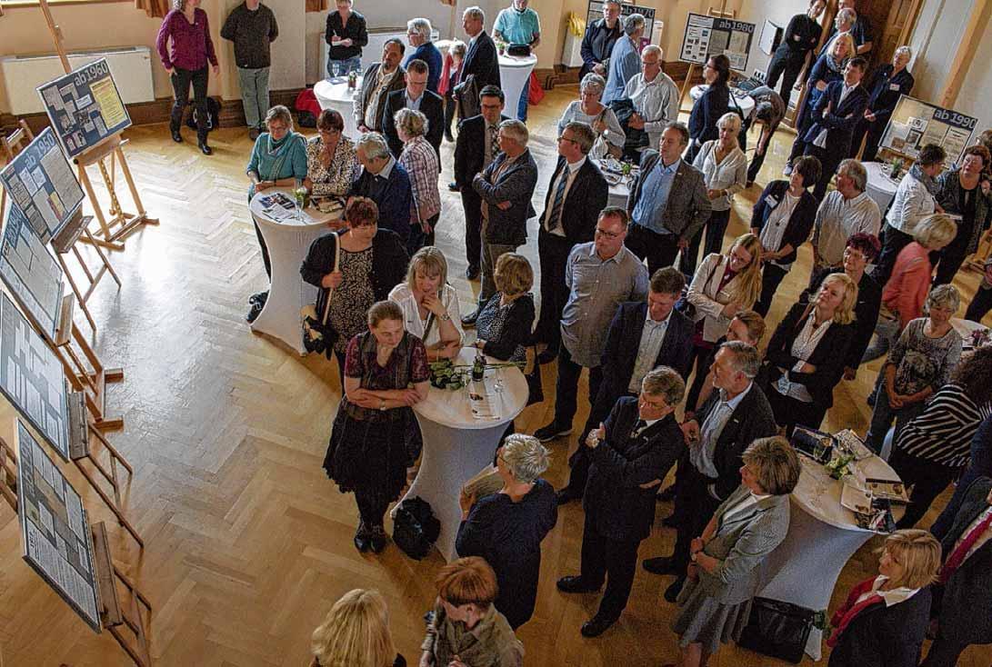 Eine zeitgeschichtliche Dokumentation gehörte zu den Jubiläumsveranstaltung der Kreisvolkshochschule Harz. Foto: Fabian Kiewel
