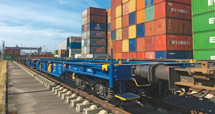 In container transport IGS relies predominantly on Krone and uses the new container chassis eLTU70, among others.