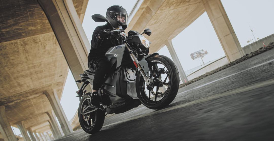Sicher und elektrisch unterwegs. Foto: Zero Motorcycles