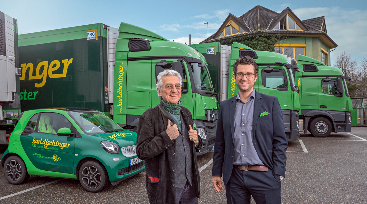 Two generations, one team: Karlhubert Dischinger (left) has managed the logistics company in South Baden since 1975; in 2016, his son Karlkristian Dischinger took over the running of the company.