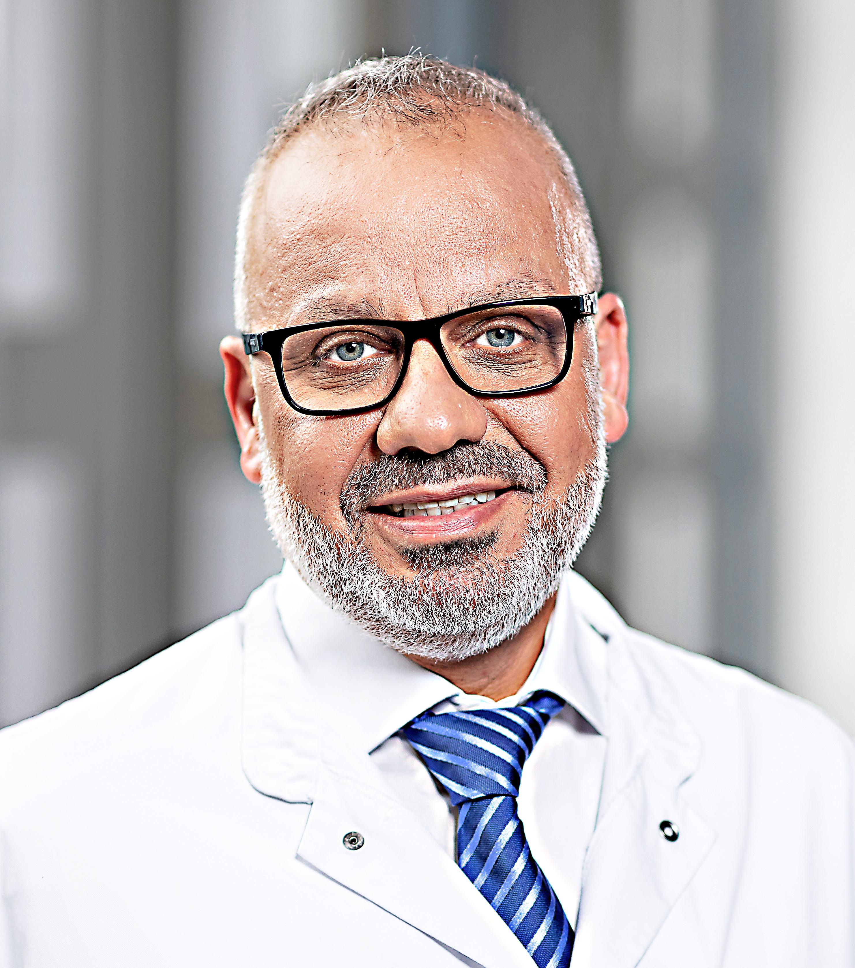 Chefarzt Anwar Hanna FOTO: GZBIWO