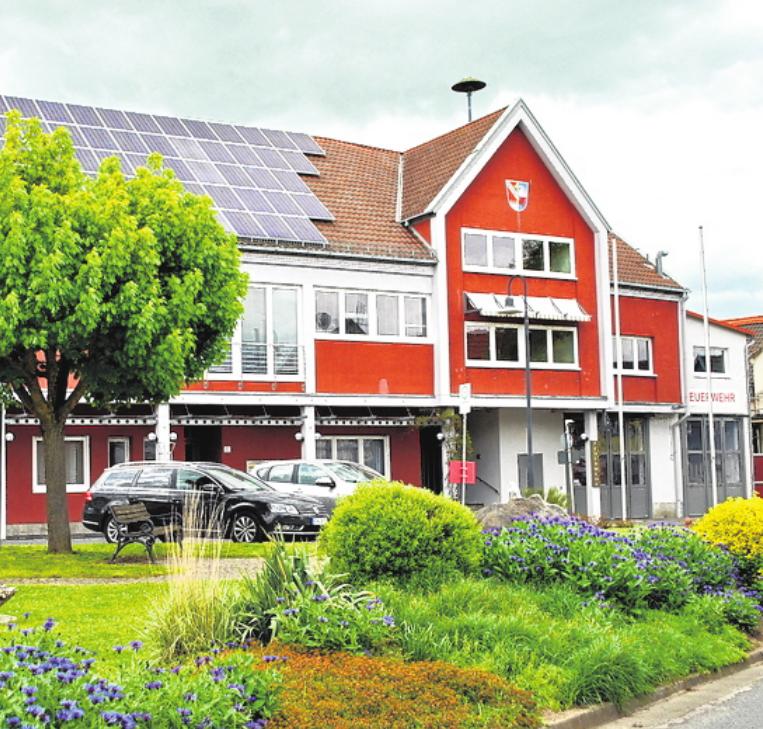 Im Zentrum in Großeibstadt befinden sich die Räume des Rathauses, der große Veranstaltungsraum und die Feuerwehr.