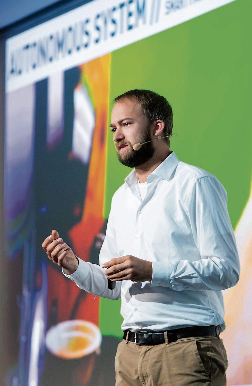 """Sebastian Raßmann, Keynotespeaker der führenden Firma für digitale Zukunftsforschung, """"Trend One"""", wird die weltweit bedeutendsten Microtrends vorstellen. Bild: Trend One"""