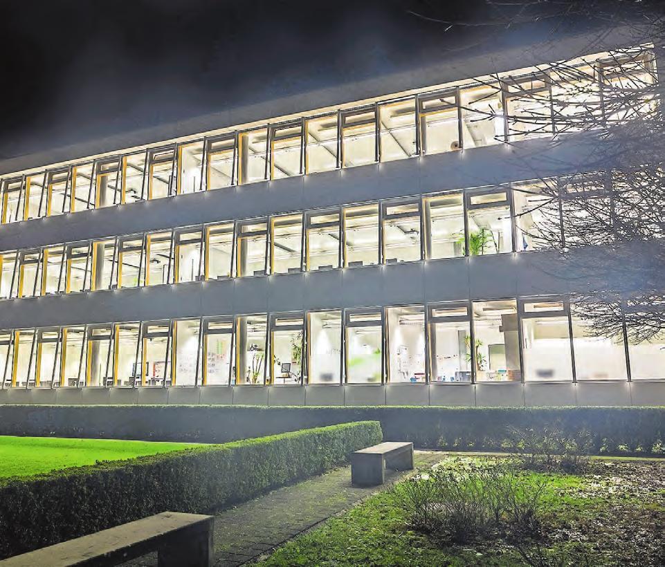 Höhere Fachschule für Informations- und Kommunikationstechnologie in Pratteln. Bild: Naris Schnegg