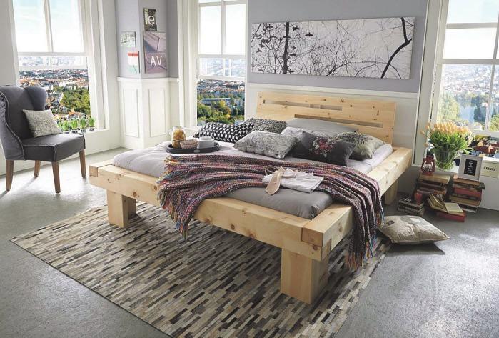 Zirbenholz zaubert einen Hauch frischer Tiroler Bergluft in die Wohnung. Holst bietet auch viele kleinere Zirbe-Produkte zum Verschenken Foto: Bett Monte Zirbe, Holst