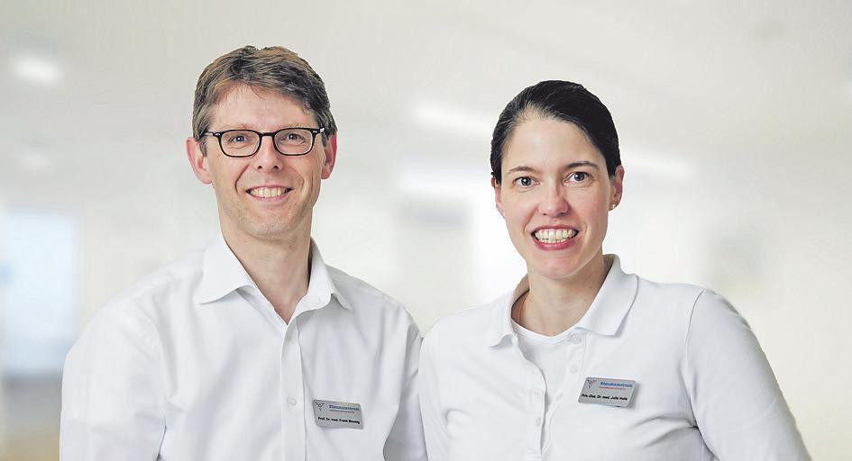 Prof. Holle / Prof. Moosig. Das Rheumazentrum Schleswig-Holstein Mitte bietet alle modernen diagnostischen und therapeutischen Verfahren in der Rheumatologie an.