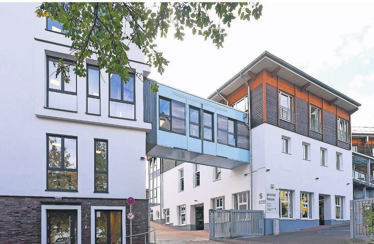 Menschen mit psychischen Erkrankungen oder Behinderungen finden seit einem Vierteljahrhundert eine Arbeitsstelle bei proviel in Wuppertal. Inzwischen ist die Zahl der Mitarbeiter auf rund 1200 angewachsen.