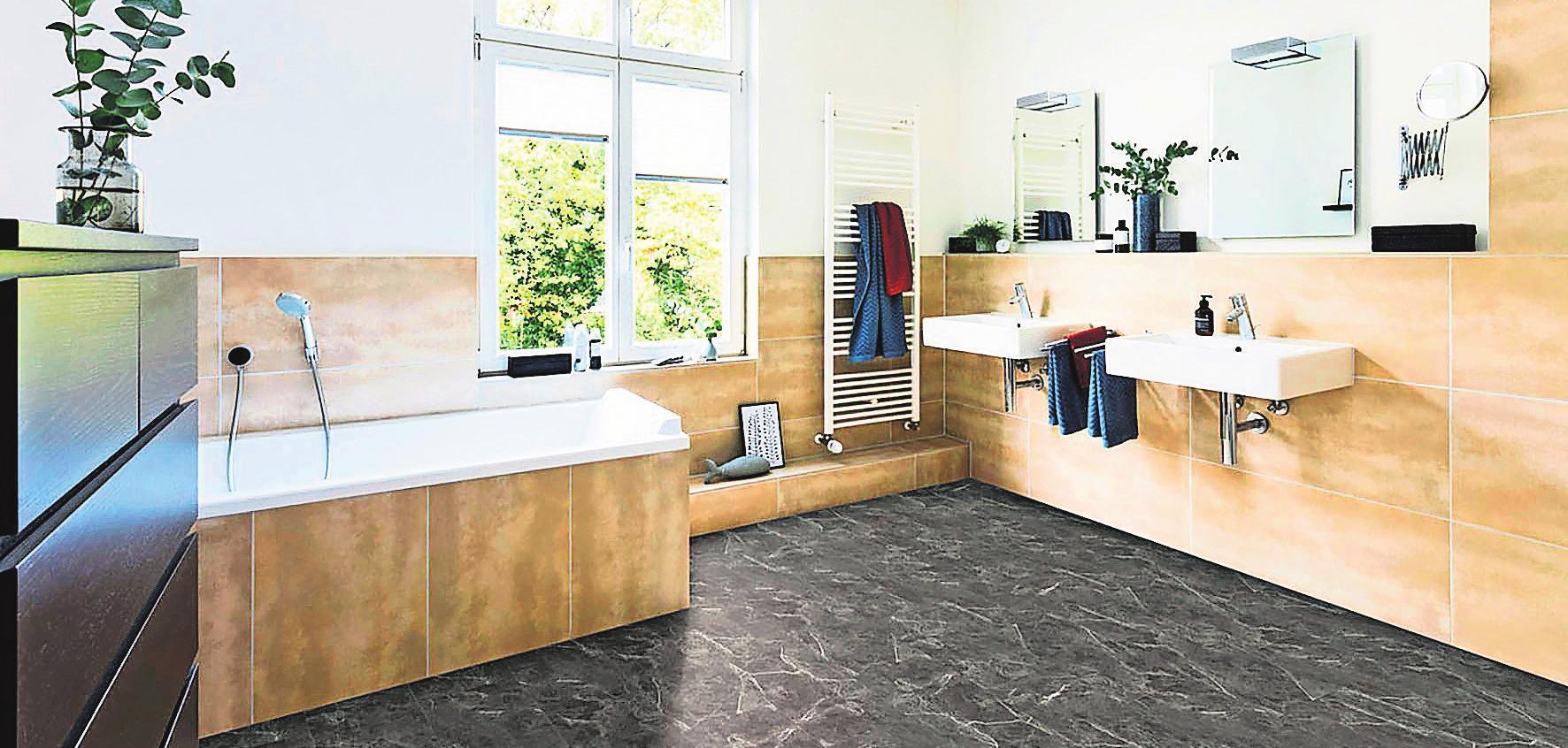 Gute und moderne Designböden können auch in Feuchträumen eingesetzt werden. Foto: z/djd/Hamberger Flooring