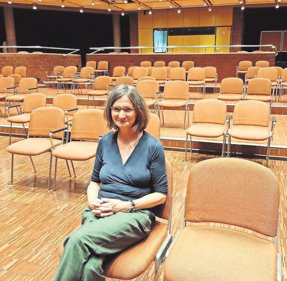 Im November darf Julienne Franke im Kurt-Hirschfeld-Forum keine Theaterbesucher empfangen. Fotos: Jfqphotos/privat