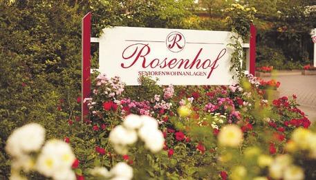 Nähere Informationen über das Leben in den Rosenhof Seniorenwohnanlagen gibt es im Internet: www.rosenhof.de