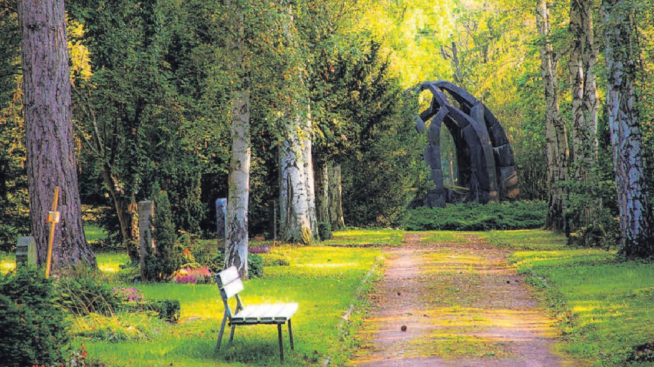 Ein Friedhof muss kein trister Ort sein – individuelle Grabgestaltung kann dabei helfen.