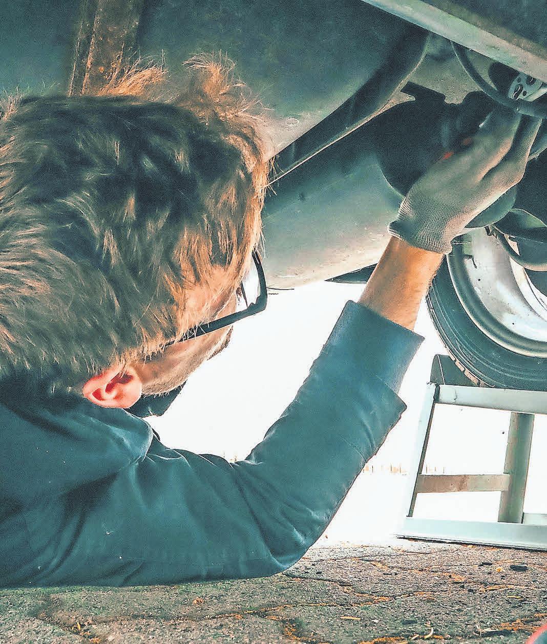 Vor dem Start in den Urlaub sollte das Fahrzeug einem gründlichen Check-up unterzogen werden. Foto: Pexels