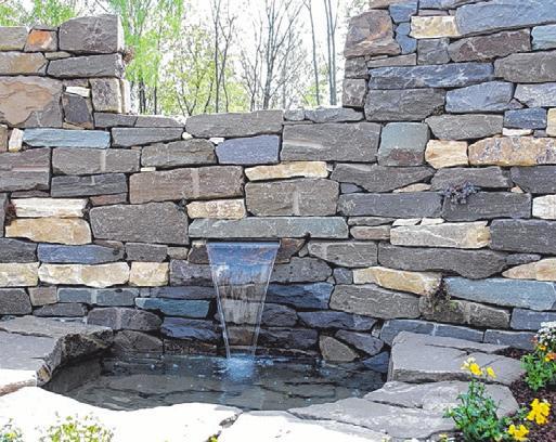 Oft dienen Trockenmauern als Grundstückgrenze. Fotos (3): BGL