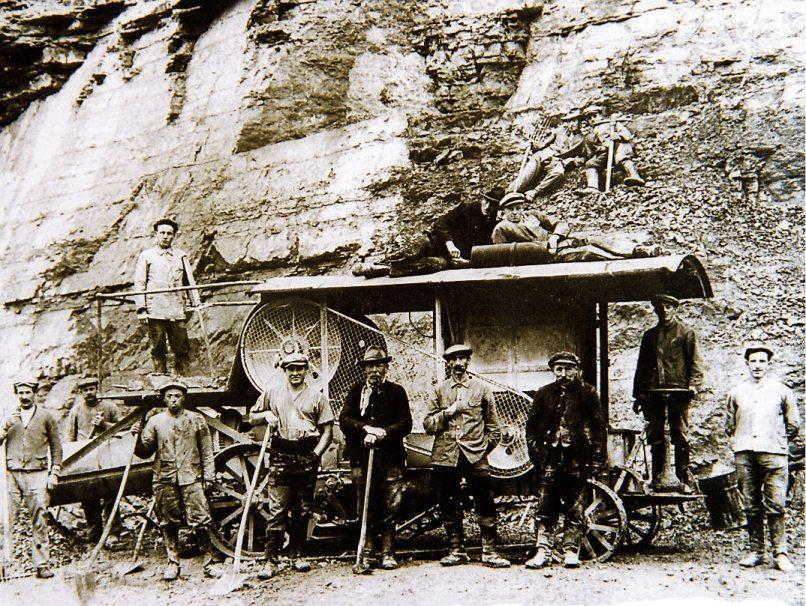 Die erste mobile Brechanlage: ein Blick zurück in das Gründungsjahr 1924.