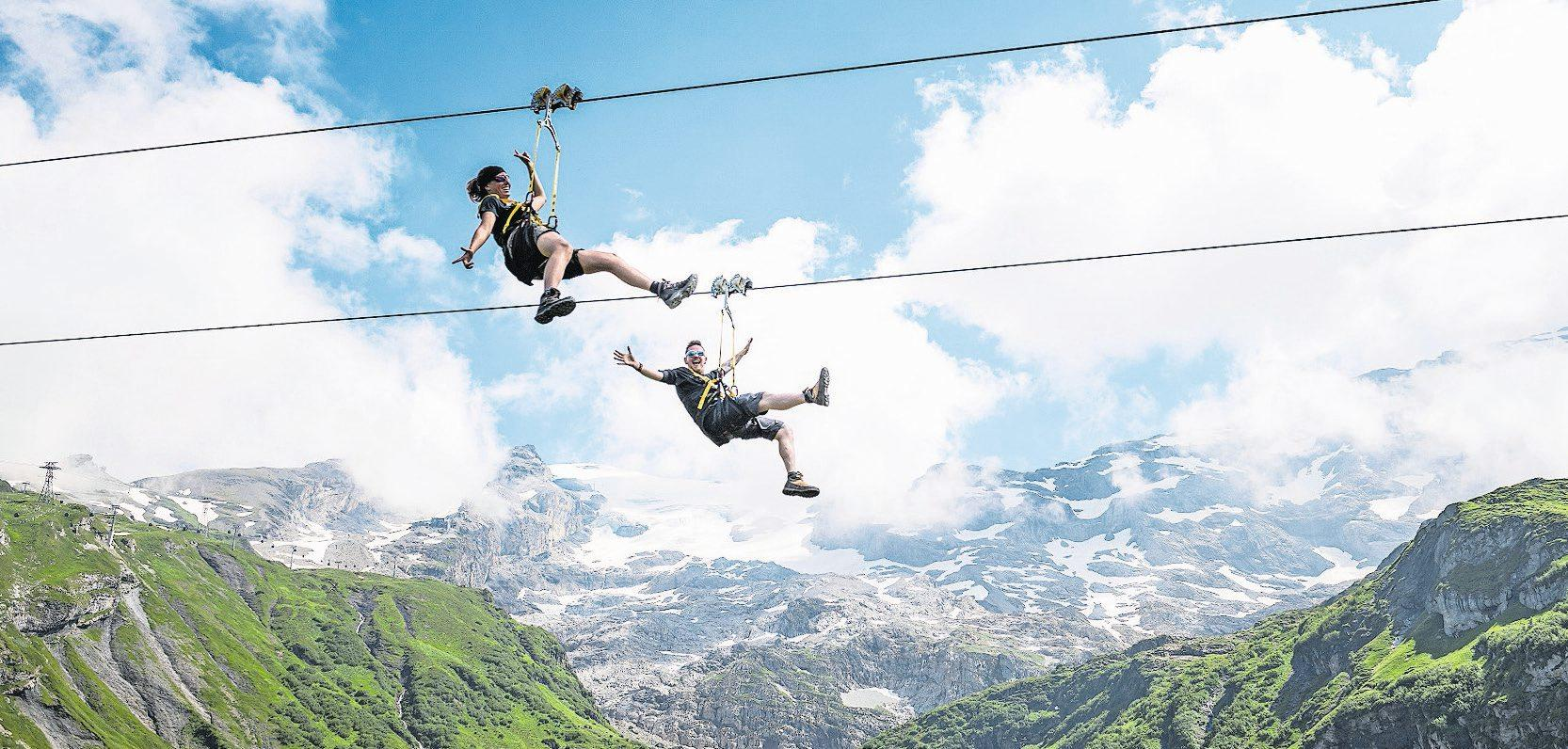 Anschnallen und abfliegen heisst es mit dem Zipline Trübsee-Flyer. Bild: PD