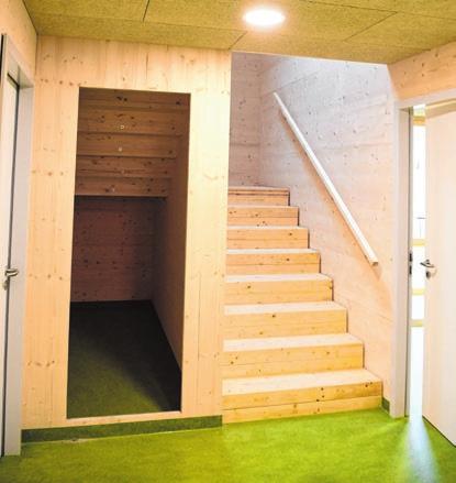 Die Wände im neuen Anbau sind aus Massivholz.