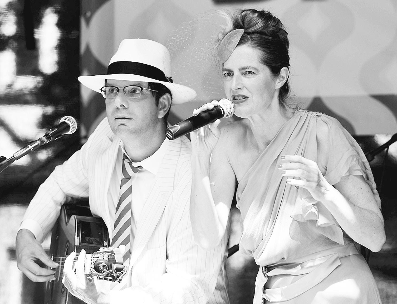"Das Duo ""Pour L'amour"" tritt beim Themenabend auf. Foto: privat"