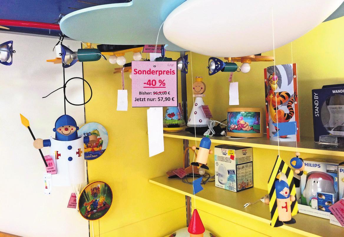 Elektro Raff in Echterdingen, Hauptstraße 50, bietet derzeit einen Rabatt von 40 Prozent auf Kinderzimmer-Leuchten. Foto: z