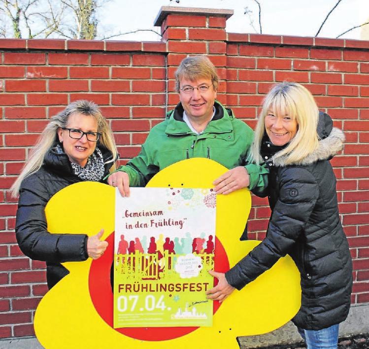 """""""Wir freuen uns auf Sie!"""" – Von links nach rechts: Susanne Wengenmayer, Richard Stuhler und Alexandra Wilbert."""
