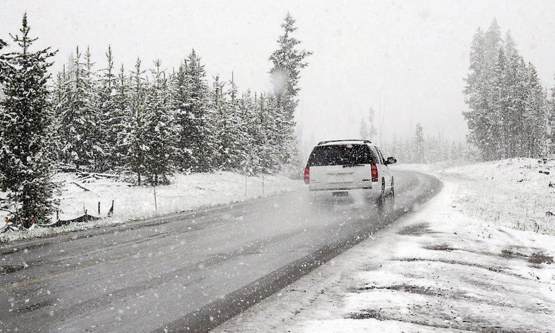 Vorsicht muss walten lassen, wer bei einer solchen Wettersituation abrupt bremsen muss.