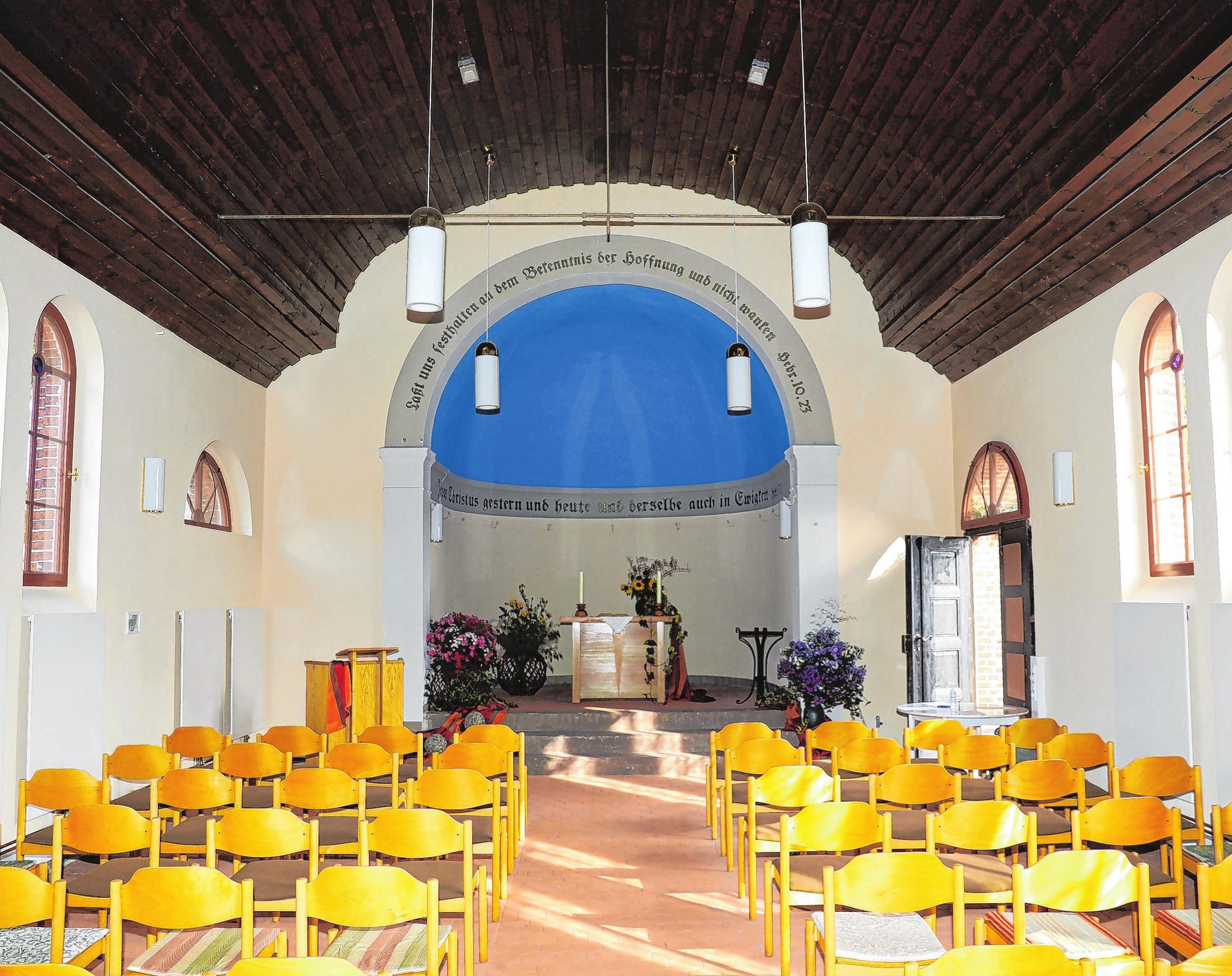 Das Innere der Kirche mit Blick in östliche Richtung zur Apsis. Foto: Weber