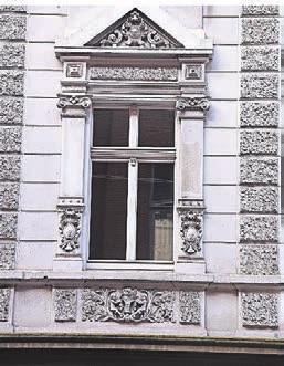 Fensterpartie vor der Sanierung