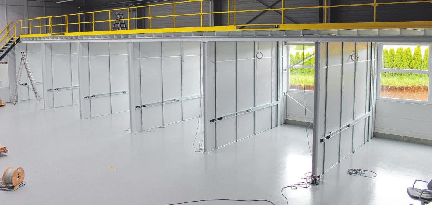 Blick ins Grüne - Innenansicht der neue Grimm-Halle