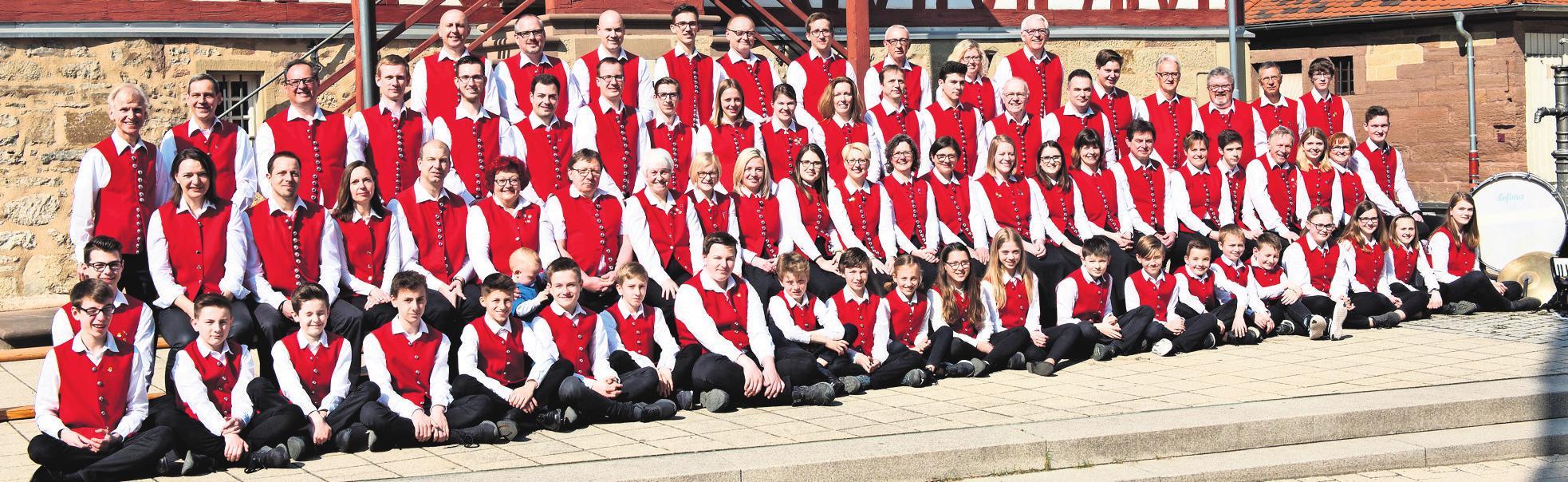 Ob Jung oder Alt, sie alle vereint ihre Leidenschaft zur Musik. Fotos: Musikverein Münchingen