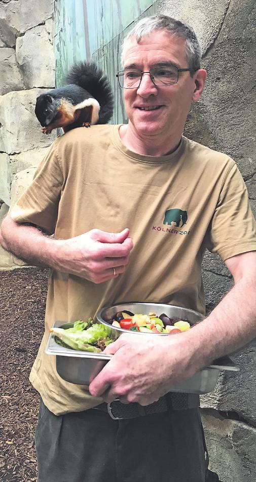 Auch die Nager wissen, wer ihnen morgens das Essen bringt Bild: Büge