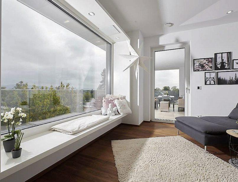 Große Fensterflächen sorgen für das Naturkino daheim. Bild: UNILUX/VFF
