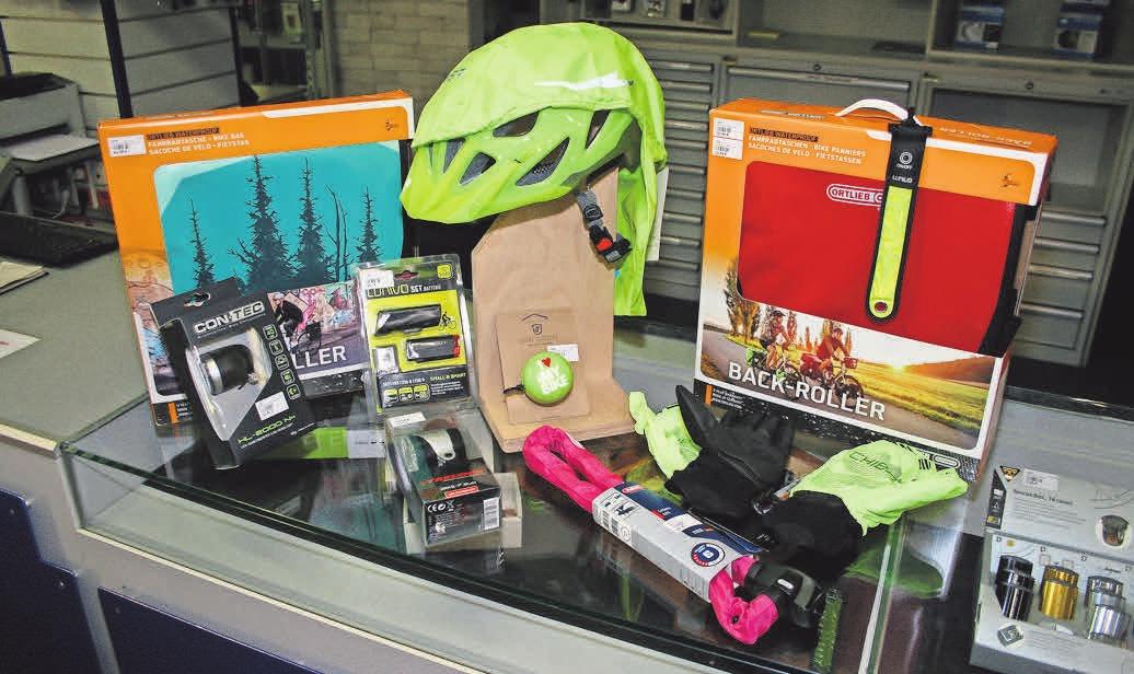 Jede Menge Zubehör für sicheres und komfortables Radfahren gibt es bei Zweirad Krüger.