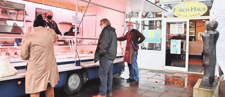 Der Verkaufswagen ist dienstags bis freitags von 9 bis 16 Uhr und sonnabends von 9 bis 13 Uhr geöffnet.