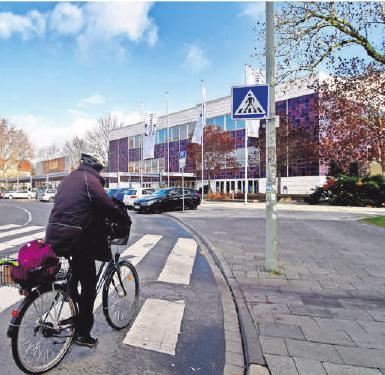 Die Verkehrsführung rund um den Albaniplatz wird im Herbst ein Thema in der Politik.FOTO: CH