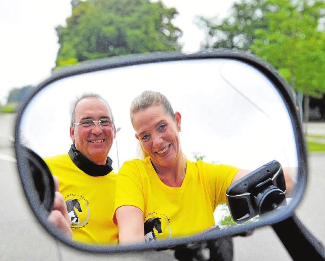 Ein Herz für Tiere – die Motorradfans Manfred und Nicole Römer organisieren zum dritten Mal Drive4Animals zugunsten von Gut Morhard. Foto: Foto: TierSV / F. Schöllhorn