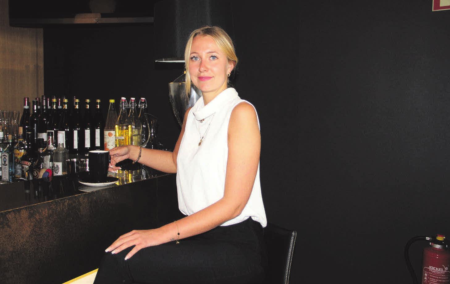 Jennifer Manhardt freut sich auf die Wiedereröffnung. Fotos: Lichtinger