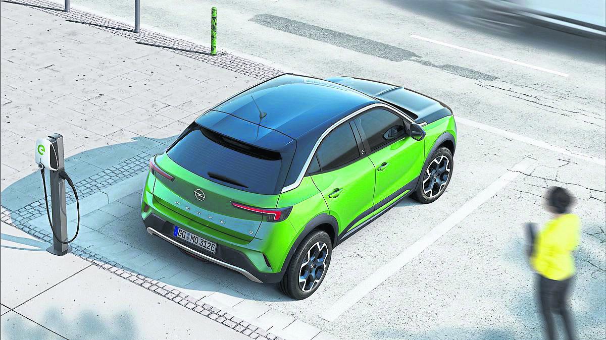 Auch der Opel-Stromer Mokka-e ist heiß begehrt. Verbrauch (kWh/100 km) komb: 18,0-17,8 kWh. CO2: 0 g/km
