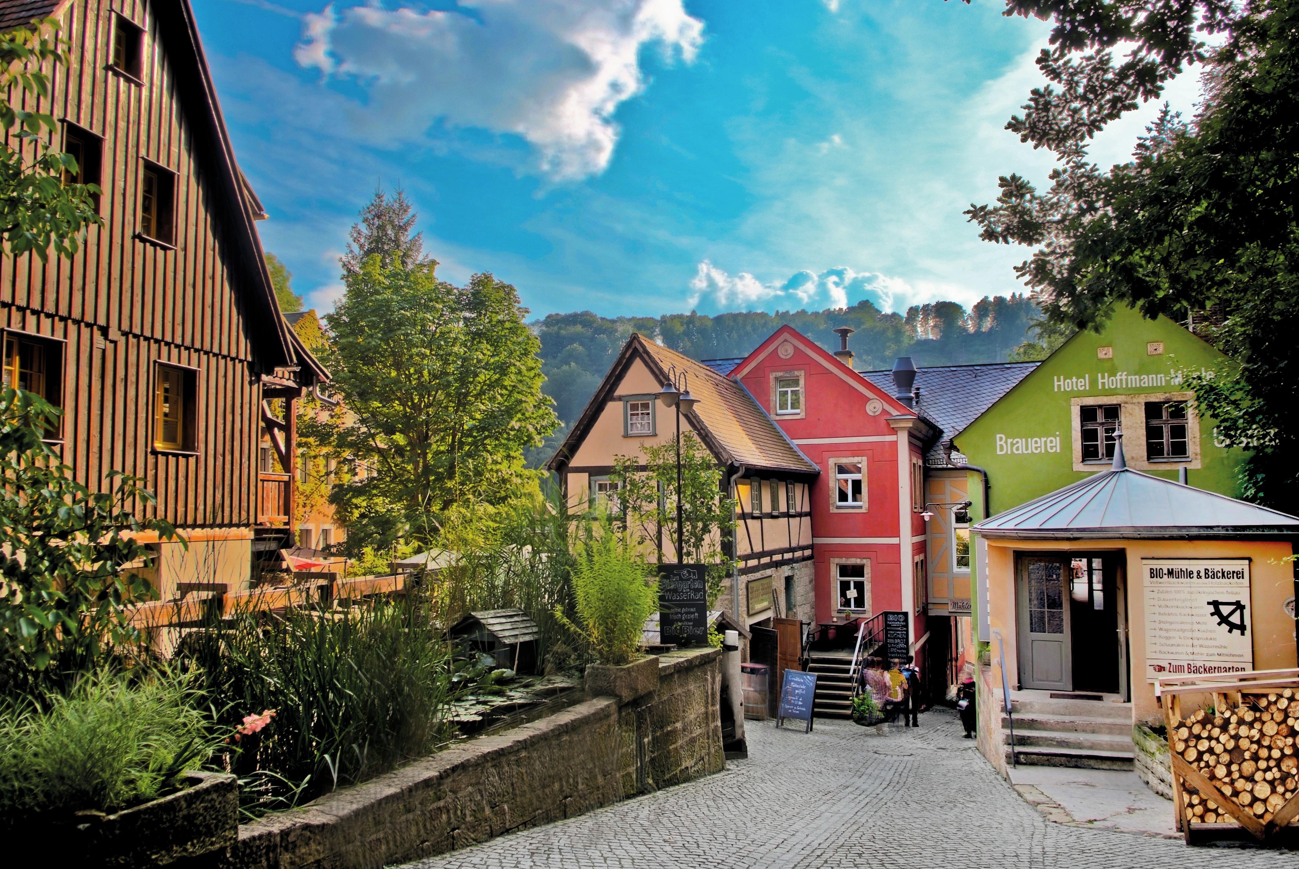 Traumhaftes Ambiente: Mühlen-Ensemble mit Gasthof Zur Mühle, Bio-Bäckerei, Braumanufaktur und historischer Mühle anno 1665 FOTO: BIO- UND NATIONALPARK REFUGIUM SCHMILKA - TORSTEN ROGGE