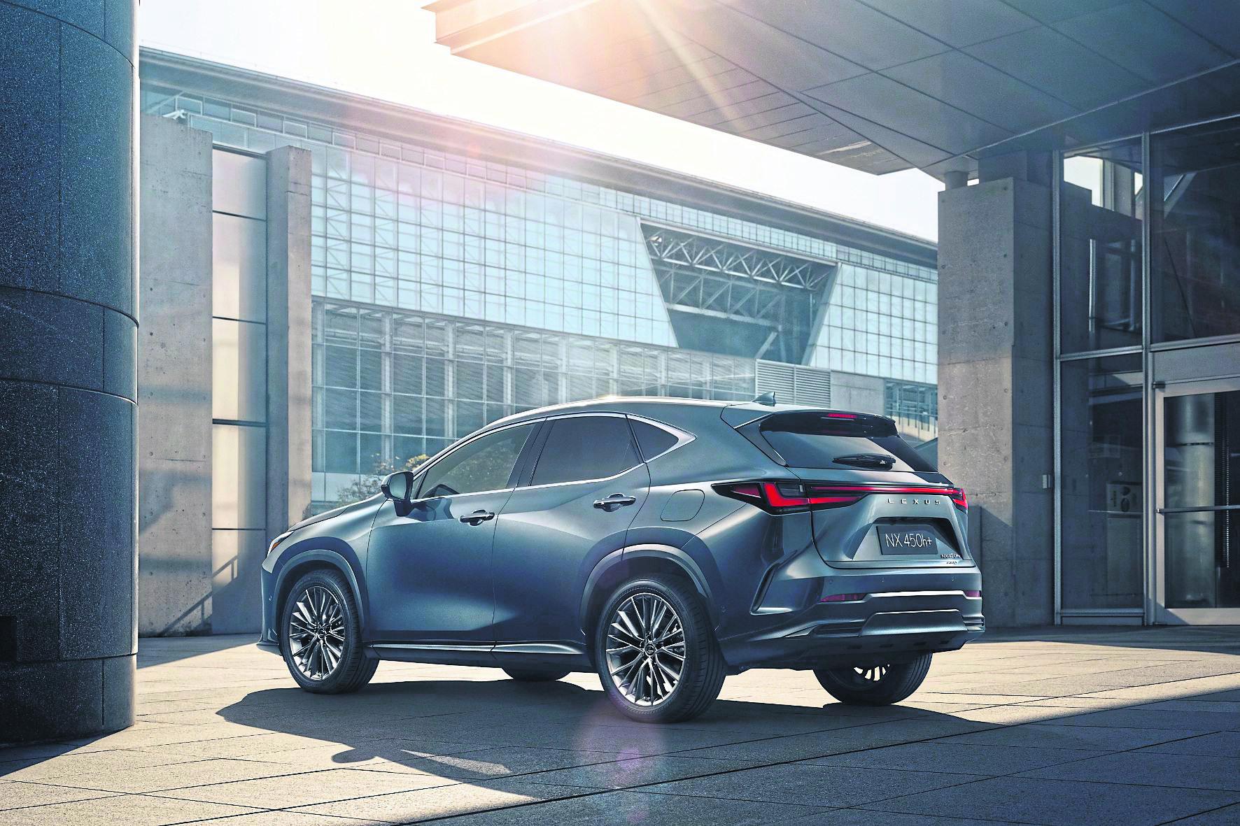 Elegante Linienführung: Der Lexus NX der zweiten Generation ist ein Hingucker.