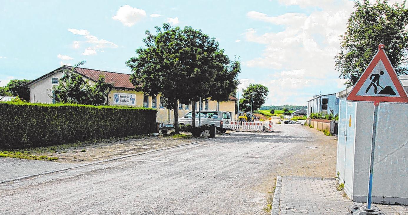 Derzeit laufen die Kanalsanierungsarbeiten an der Hauptstraße in Alerheim. Foto: Thomas Unflath