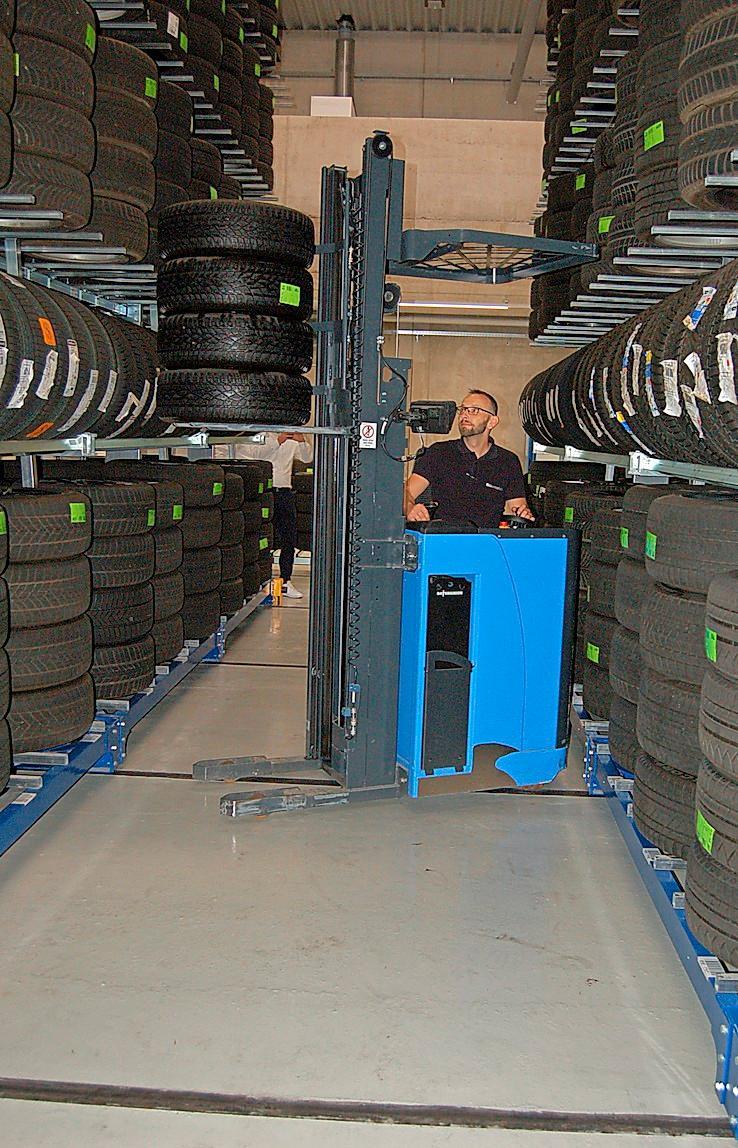 Reichlich Kapazität bietet das innovative Reifenlager.
