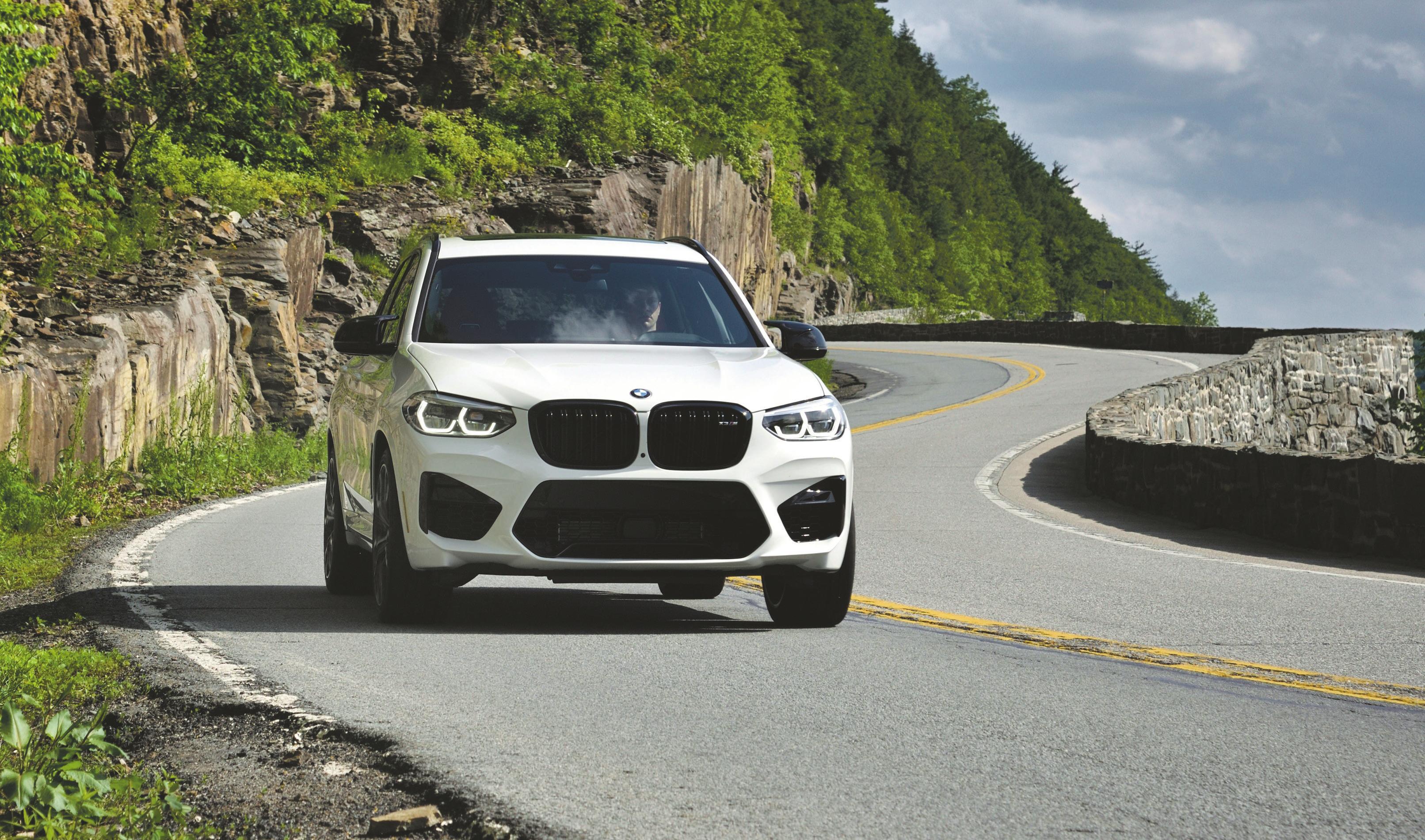 Kurvenkünstler: Der BMW X3 M Competition wedelt beeindruckend durch die Radien. Geopfert wurde dafür eine Portion Fahrkomfort. Bilder: PD