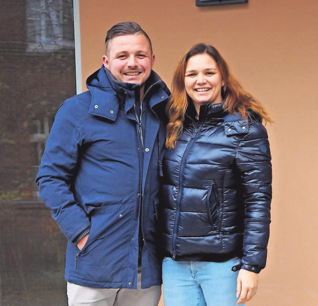 Liza und Max Rampf freuen sich über den gelungenen Neubau.