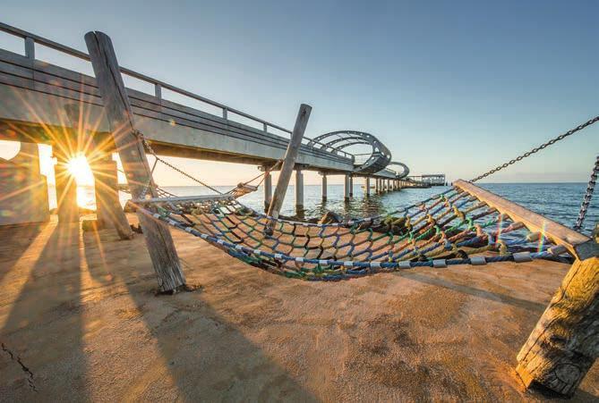 Kellenhusen mit seiner modernen Seebrücke. Fotos: www.ostsee-schleswig-holstein.de / Oliver Franke