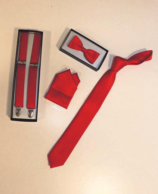Accessoires in einer Farbe sowie eine große Kollektion an Krawatten, Tüchern, Schals und Schleifen sind nach dem Lockdown in den neuen Räumen von Ahlborn Krawatten erhältlich.